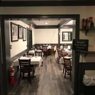 A photo of North Street Tavern restaurant