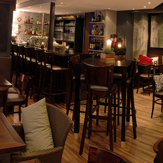 Foto von Lauschig Bar Restaurant
