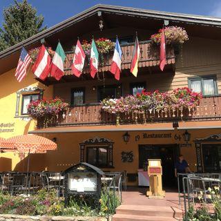 A photo of Pepi's Restaurant & Bar restaurant