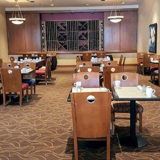 A photo of Trofi restaurant