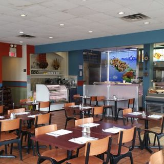 A photo of Rayan Poissonnerie & Restaurant  St.Leonard restaurant