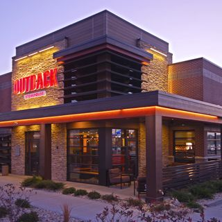 A photo of Outback Steakhouse - Garland restaurant