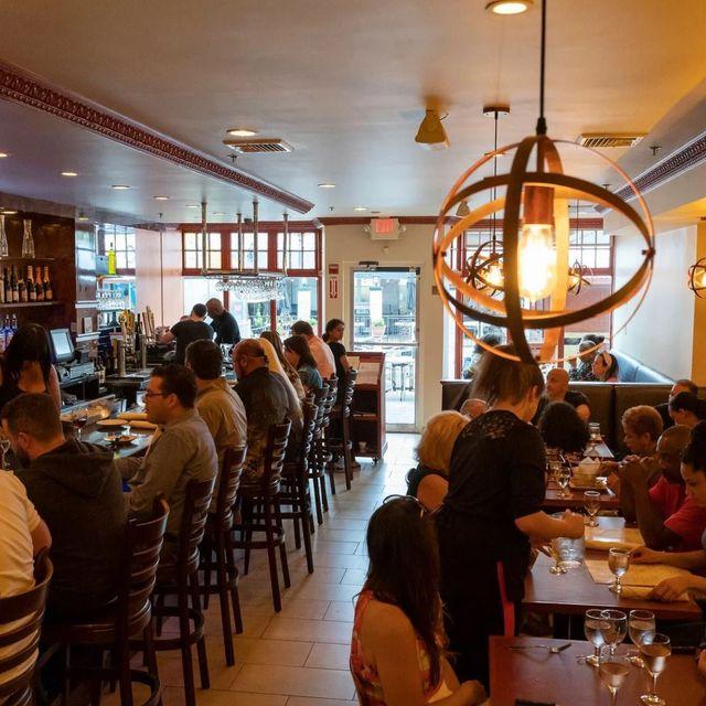 Plaza Bar Kitchen Restaurant Providence Ri Opentable