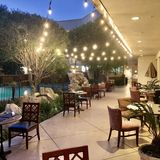 Andre's Restaurant / Vintage Lounge - Doubletree by Hilton Private Dining