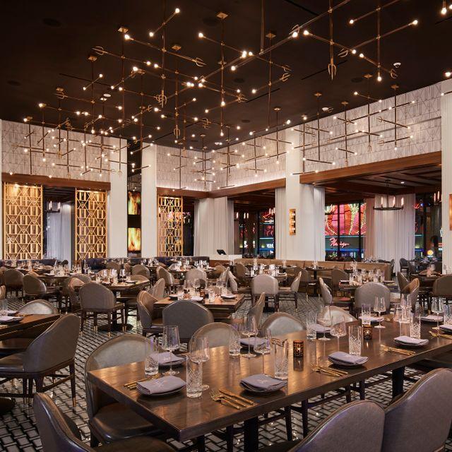 Hell S Kitchen Caesars Palace Las Vegas Restaurant Las Vegas Nv Opentable