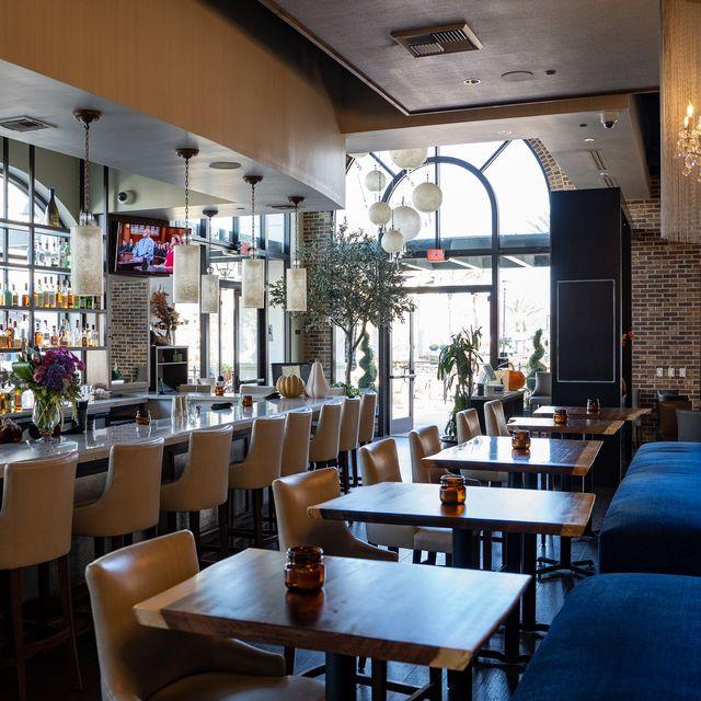 Flora Bar Kitchen Restaurant San Diego Ca Opentable